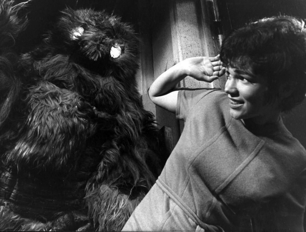 Anne-Packers-as-played-by-Tina-Packer-attacked-by-a-yeti-in-Doctor-Who-the-Web-of-Fear
